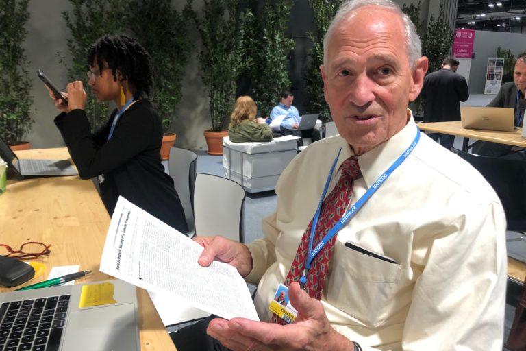 Bill Moomav, vodeći stručnjak za međunarodnu klimatsku politiku i bivši autor izveštaja Ujedinjenih nacija o klimatskim promenama na COP25 u Madridu 2019. Slika Justin Catanoso / Mongabai.