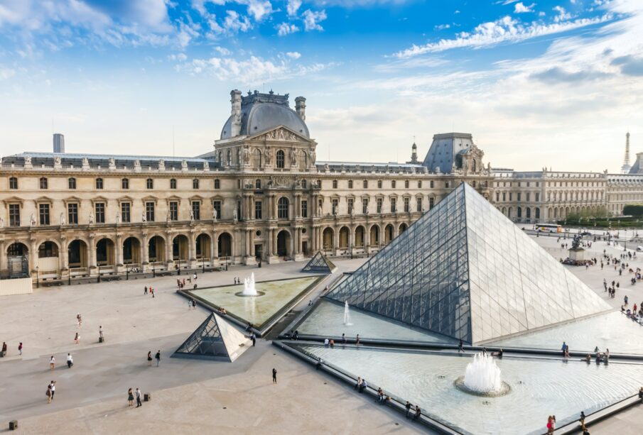 Foto: Louvre, Pinterest