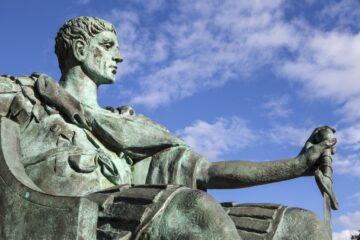 Statua Konstantina Velikog u Jorku, Velika Britanija; foto: National Geographic Srbija