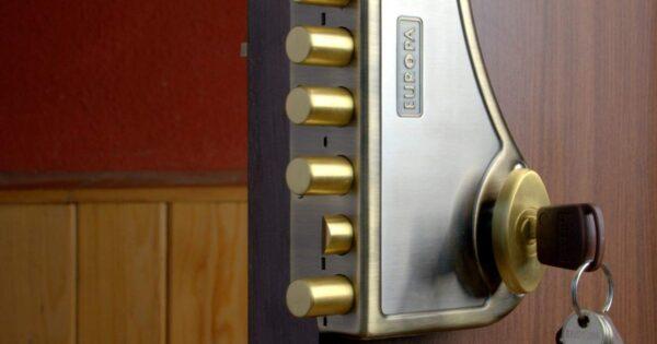Ulazna vrata / Sigurnosna vrata / Blindirana vrata / EVEREST